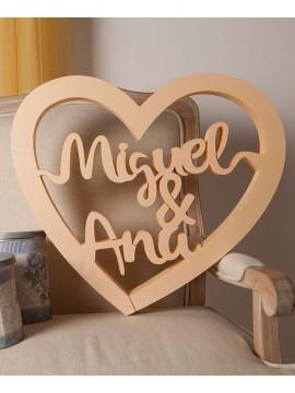 Corazón de corcho beige modelos enamorados